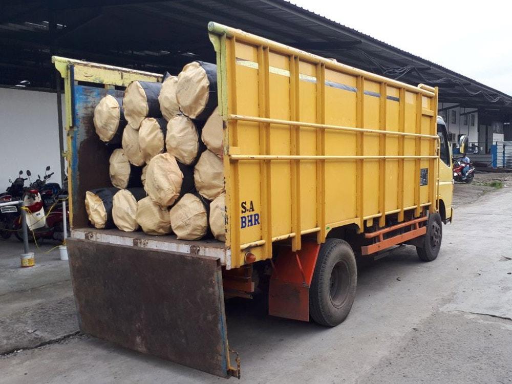 pengiriman geotextile woven ke surabaya